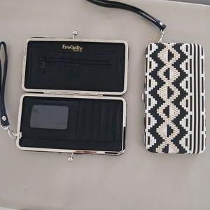 Wallet/Clutch/Wristlet